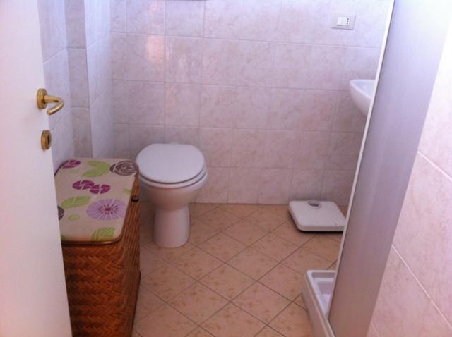 Affitti estivi appartamenti marina di massa appartamento in affittoestivo secondo piano con - Bagno la cicala marina di massa ...