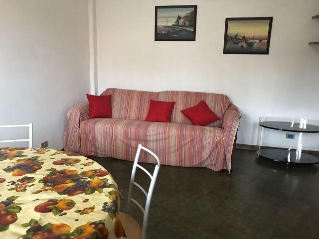 Affitti annuali appartamenti marina di massa marina di for Affitti temporanei appartamenti roma