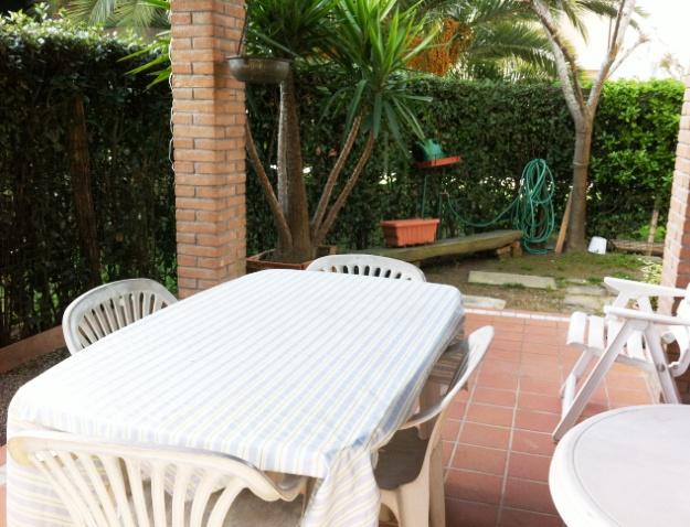 Affitti annuali casa singola cinquale cinquale for Piani di veranda coperta